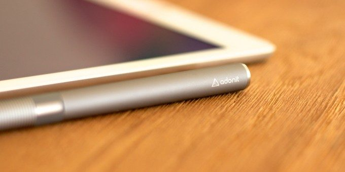 Adonit stylus and iPad Air